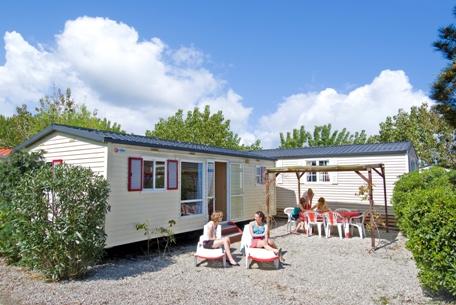 Mobile home caravan camping port grimaud st tropez french - Prairie de la mer port grimaud mobil home ...